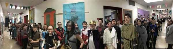 6th grade Medieval Day Photo